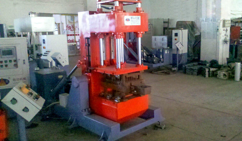 Jingda hot selling pressure die casting machine providing sufficient strength bulk production-2