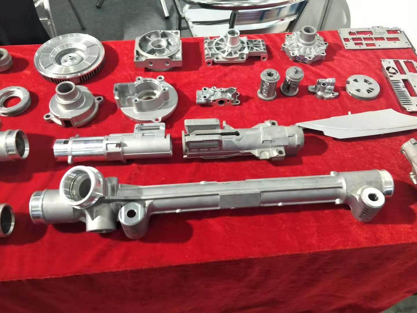 top selling aluminum die casting parts directly sale for pumps castings-1